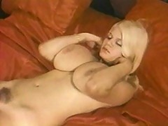 Blonde chick imagines herself to satisfaction