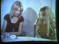 Vintage: Annie and Jenny Love Cock 2