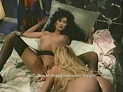 Raven licks pussy in lesbian sex