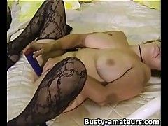 Serena Strips And Dildoing Her Pussy