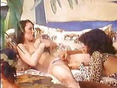 Beautiful honey Vanessa del Rio teases her girlfriend with h...